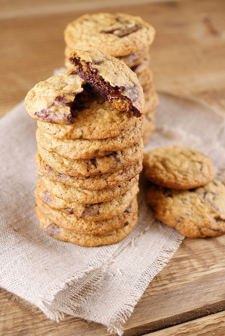 Light & Skinny Chocolate Chip Cookies (I actually tried these today ...