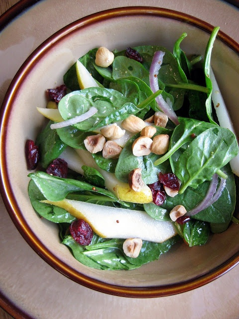 hint of honey: Spinach, Pear, and Hazelnut Salad with White Balsamic ...