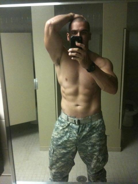 Military hottie selfie