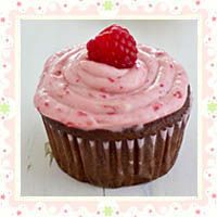 Chocolate Lambic Cupcakes with Raspberry Cream Cheese Frosting