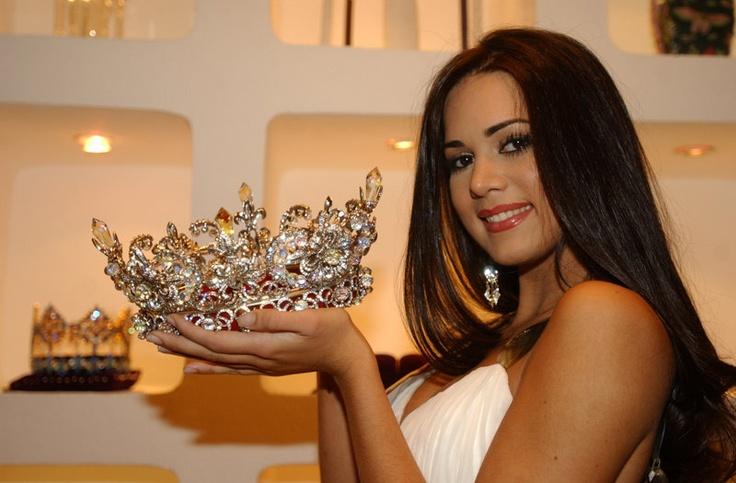 Miss Venezuela 2004 Mónica Spear