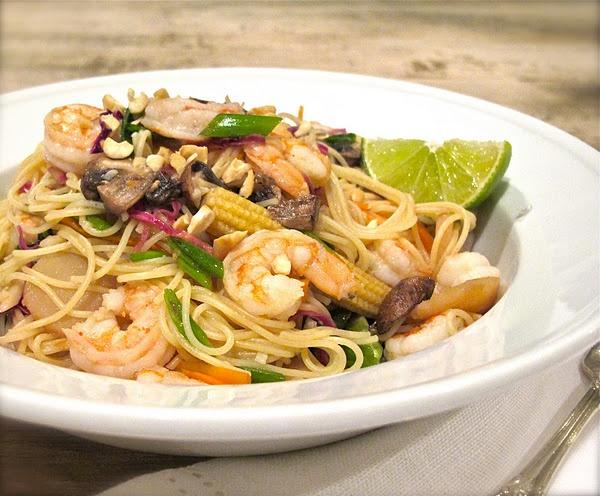 Quick Shrimp Phad Thai   yummy!   Pinterest