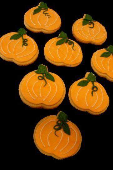 Halloween Cookies #food #pumpkin | Halloween | Pinterest