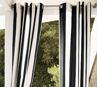Living Room Window Treatments on Vertical Stripe Curtain   Living Room Window Treatment