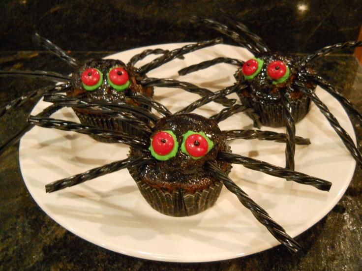 Scary Spider Gluten free cupcakes | Gluten Free | Pinterest