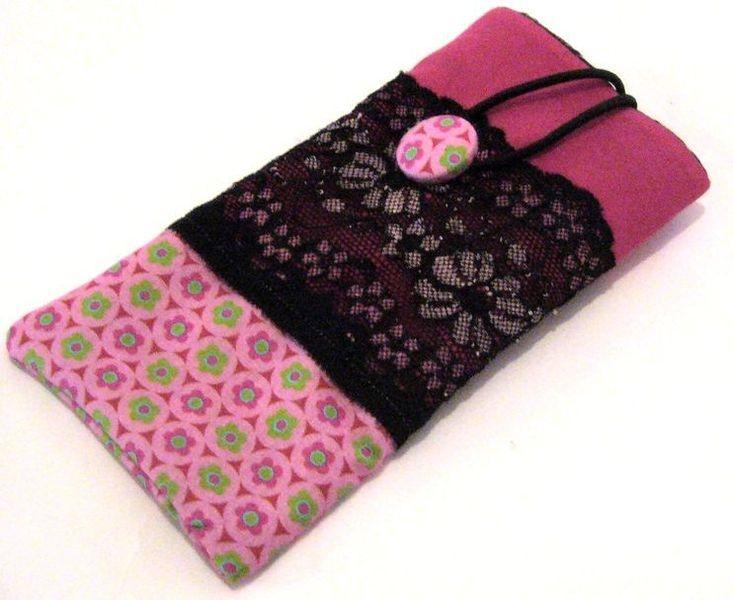 Schwarze Tapete Mit Wei?en Blumen : schwarze Spitze mit rosa/weissen Blumen. Retroblumen & Stoffnopf von