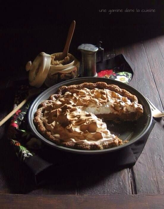 Cream Cheese And Butterscotch Pumpkin Pies With Gingersnap Streusel ...