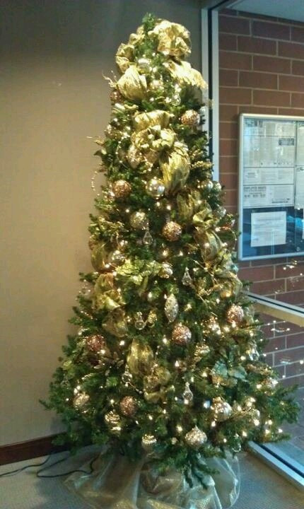 Office christmas tree 4theholidays pinterest for Office christmas trees