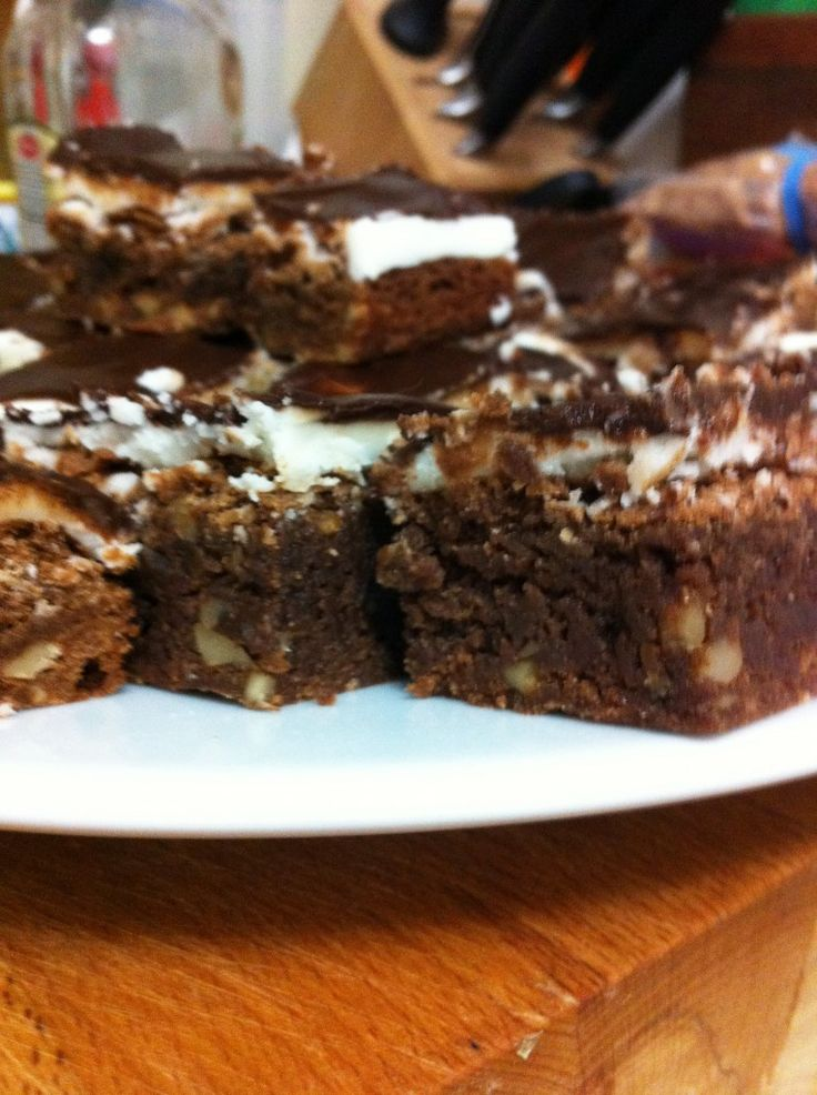 Gluten Free Peppermint Brownie Bars | yummy! | Pinterest