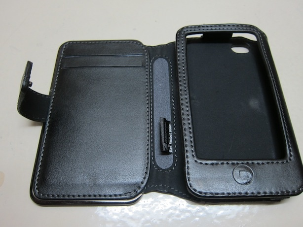 iphone http://www.unbox.ph/gadget/griffin-elan-passport-wallet-for-the-iphone-44s/