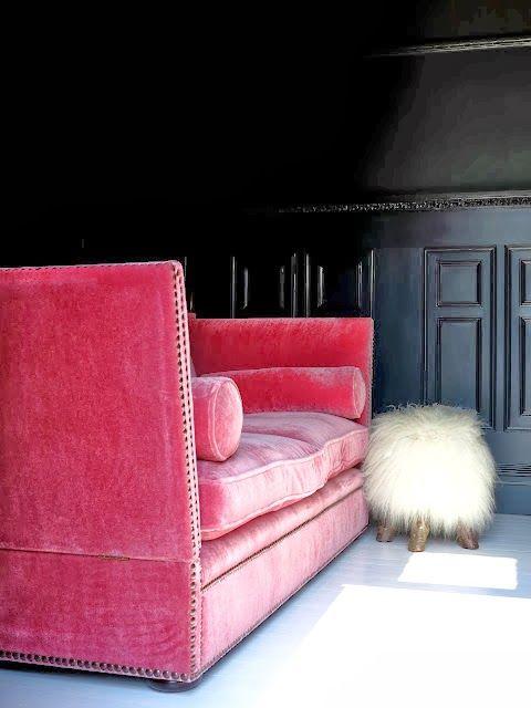 Hot Pink Sofa Black Walls Bottom Space Pinterest
