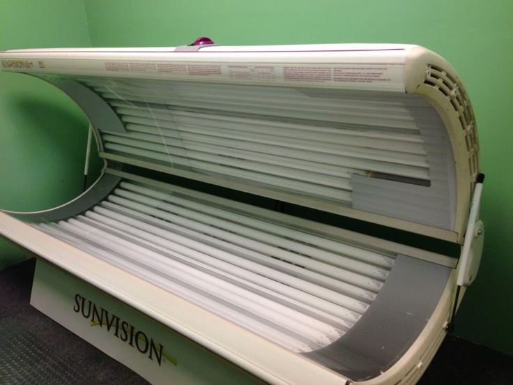 24 bulb tanning bed in salon salon pinterest for 24 tanning salon