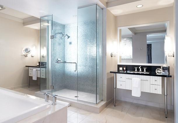 Bathroom cosmopolitan las vegas decorating ideas for Terrace 1 bedroom cosmopolitan