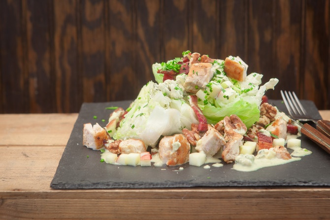 Chicken Wedge Salad with Apples, Walnuts, and Blue Cheese Dressing ...
