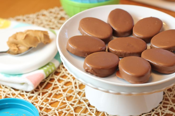 Wannabe Reese's Peanut Butter Eggs | Recipe