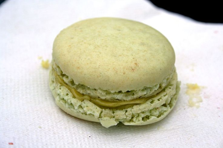 Pistachio Macarons - for the filling. Try pistachio meal instead of ...