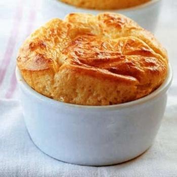 Parmesan & Gruyere Cheese Souffle: I heart You.