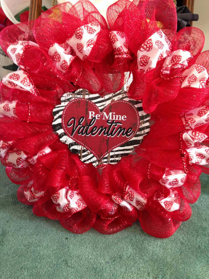 Valentine tulle wreath for the home pinterest for Valentines jewelry dallas pa