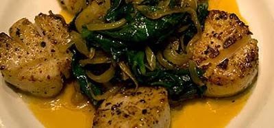 Alaska: Recipe: Pan-Fried Scallops with Caramelized Onions and Spinach ...