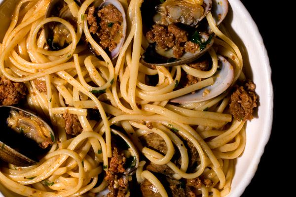 Linguine with Clams and Chorizo | Recipes to try | Pinterest