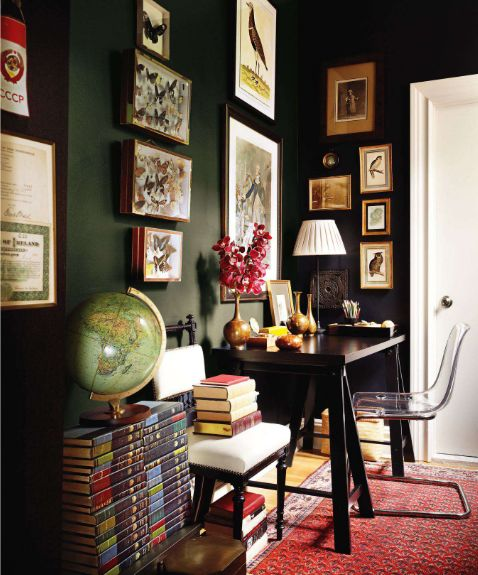 "Sherwin   Williams'    ""IRON  ORE""    SW7069   and ""TRICORN    BLACK""    SW 6258  are  also  recommended  colors."