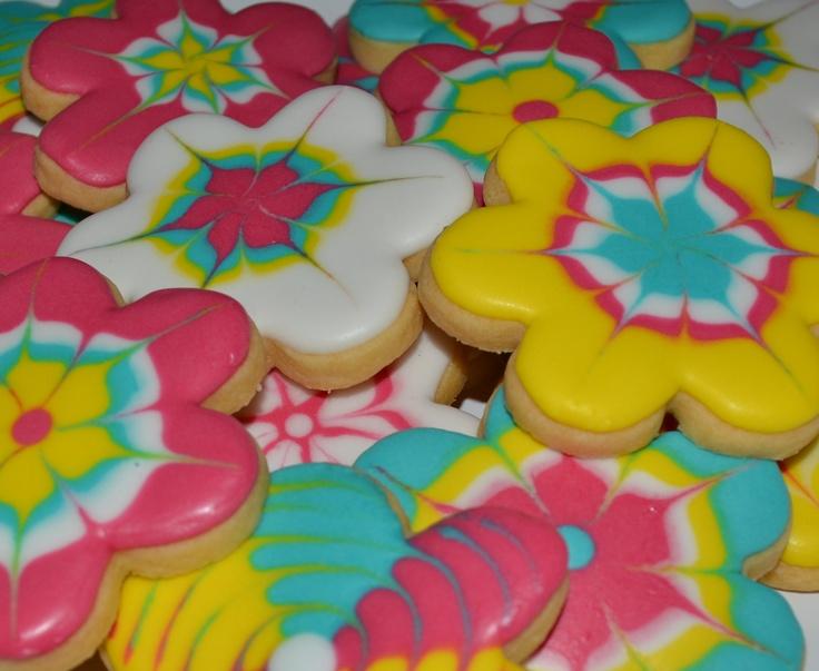 Flower power cookies   .courtney + james.   Pinterest