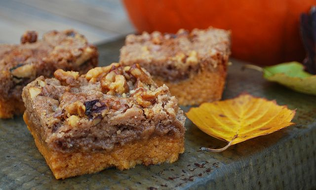 Pumpkin Crunch Cake | Things to try | Pinterest