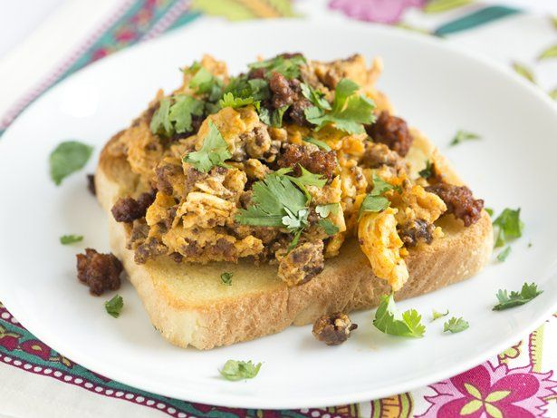 Chorizo Scrambled Eggs #breakfast #bettycrocker #mexican