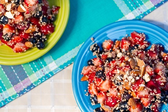 High Protein Quinoa Almond Berry Salad | high protein low carb recipe ...