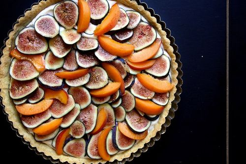 fig, apricot, and mascarpone tart | adorable food | Pinterest