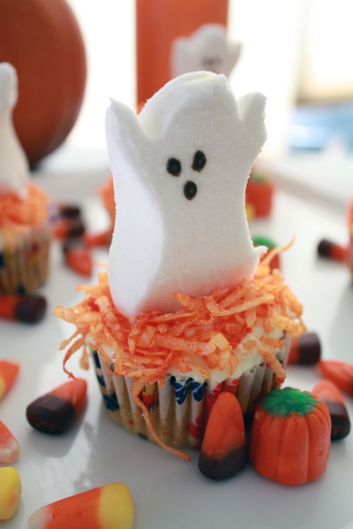 Cute and simple halloween cupcake just a cupcake please Cute easy halloween cakes