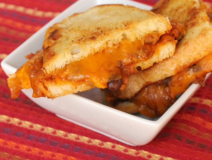 Grilled Cheese and Chili Sandwich   food/sandwiches   Pinterest