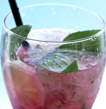 Raspberry and basil mojitos | Quench | Pinterest