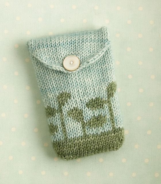 Knitted Pouch Pattern : knitted gadget case / seed pouch pattern by little cotton rabbits, Ju ...