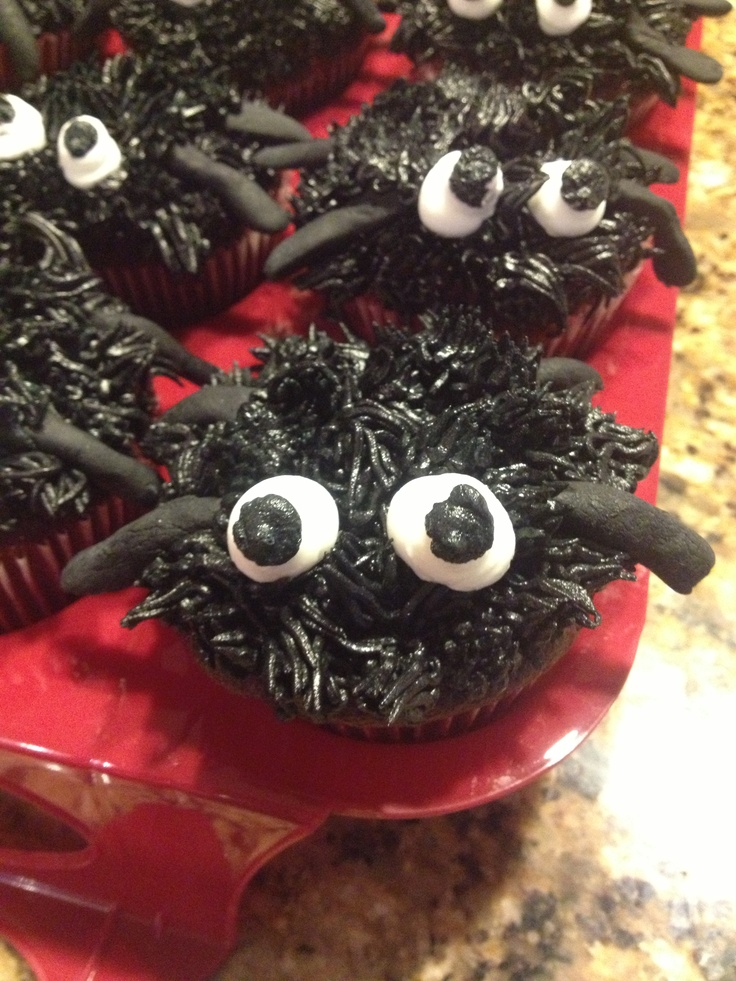 Spooky spider cupcakes, custom creation | Cakes & Cupcakes by Trish ...