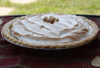 Mommy's Kitchen: Homemade Peanut Butter Custard Pie