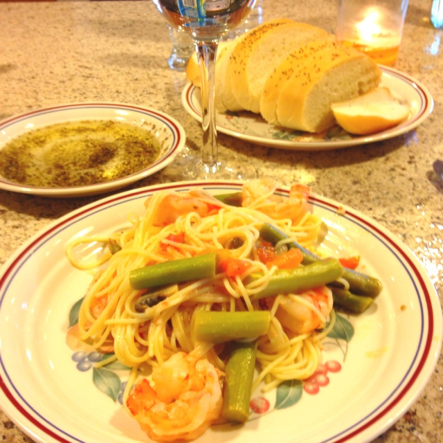 made this angel hair pasta with shrimp & asparagus from a ...