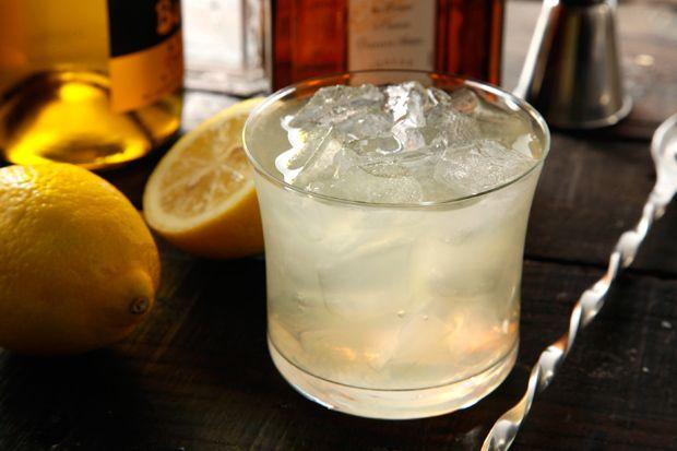 Crimean Cocktail -- a light, crisp wine cocktail that's perfect for ...