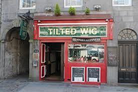 Tilted Wig Aberdeen 46