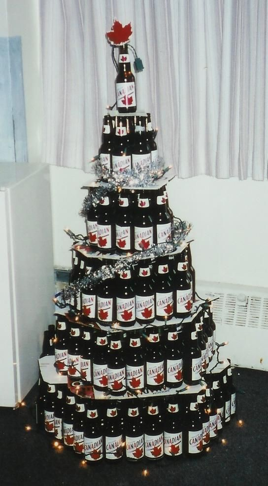 Canadian beer bottle christmas tree for How to make a beer bottle christmas tree