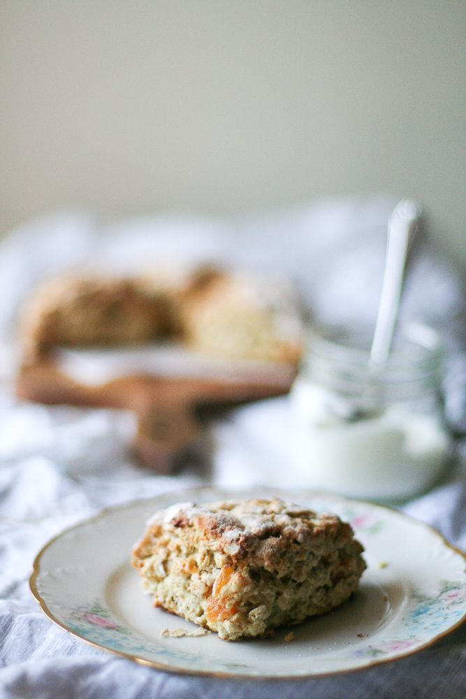 Scottish Apricot Scones / Apricot Oat Scone | Baking Chic... plus a ...