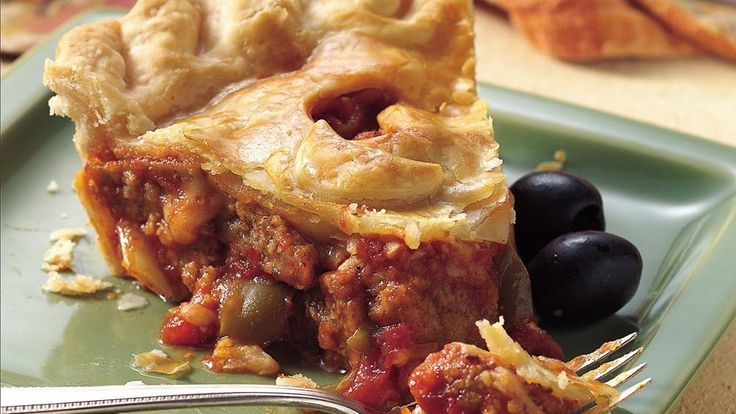 ... Italian dinner! Serve this cheesy meatball pot pie that's made using