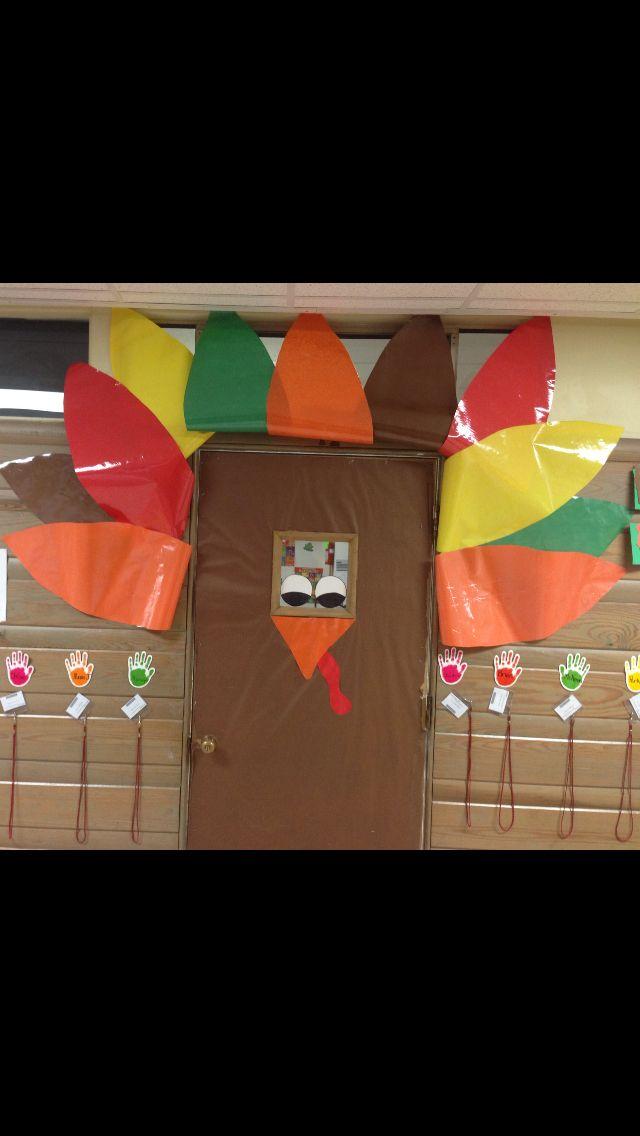 Door decoration for Thanksgiving  Classroom Decoration  ~ 172828_Thanksgiving Door Decoration Ideas For Classroom
