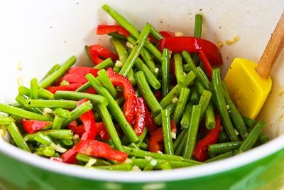Roasted Green Beans and Red Bell Pepper with Garlic and Ginger | Reci ...