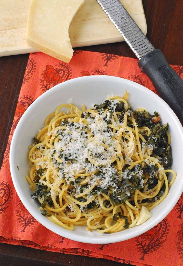 Spaghetti with Braised Kale | Yudith @ Blissfully Delicious