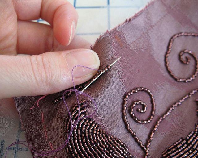 Шить вышивка бисером