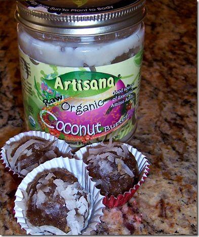 Raw vegan macaroons, use coconut oil & cocoa