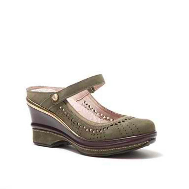 Dutch made shoes