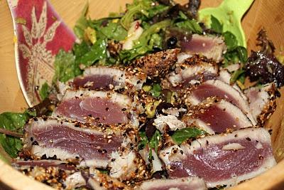 Sesame Seared Tuna With Lime Ginger Vinaigrette Recipe — Dishmaps