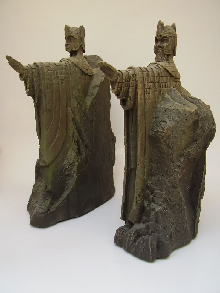 Weta argonath enviroment my sideshow collectibles collection pint - Argonath bookends ...